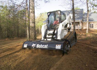 bobcat s250 nuoma su kultivatoriumi